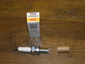 bougie NGK DPR8EA-9