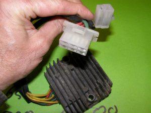 Spanning gelijkrichter spanningsregelaar gl500 gl650 cx500e cx650e